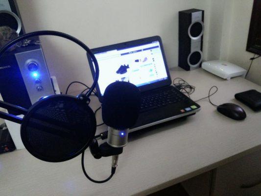 mic thu âm 18